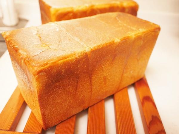 好きな材料を使った食パンです。