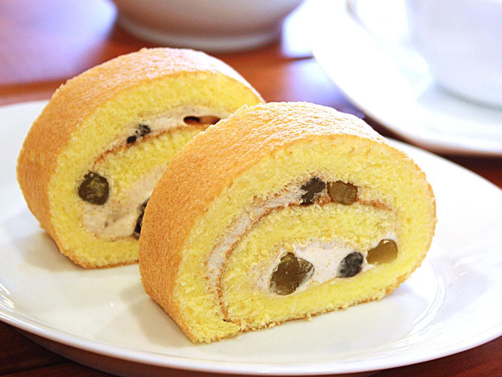 豆乳きなこの米粉ロールケーキ