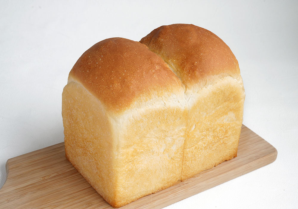 春よ恋100を使った山食パン